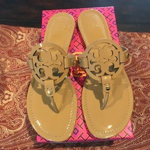 Tory Burch SAND Patent Leather Miller sandals
